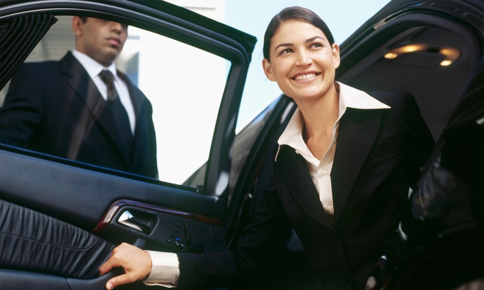 best Relax During Your Travel with A Limousine and Car Service Boston