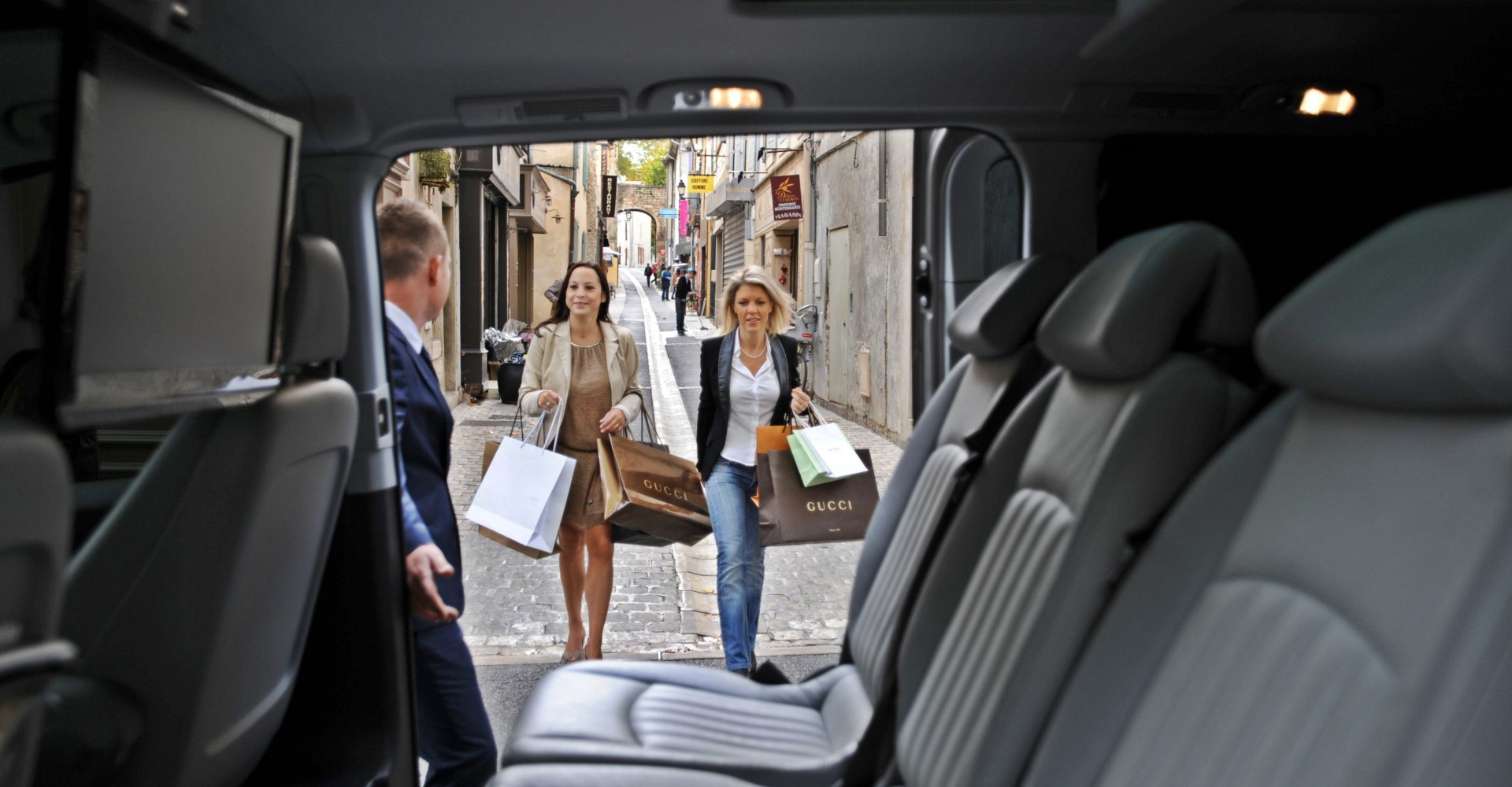 Quality Relax During Your Travel with A Limousine and Car Service Boston
